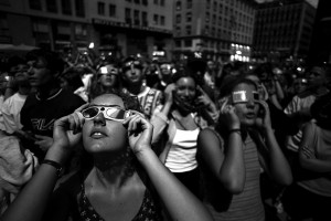 Wien - People crazy for the eclipse